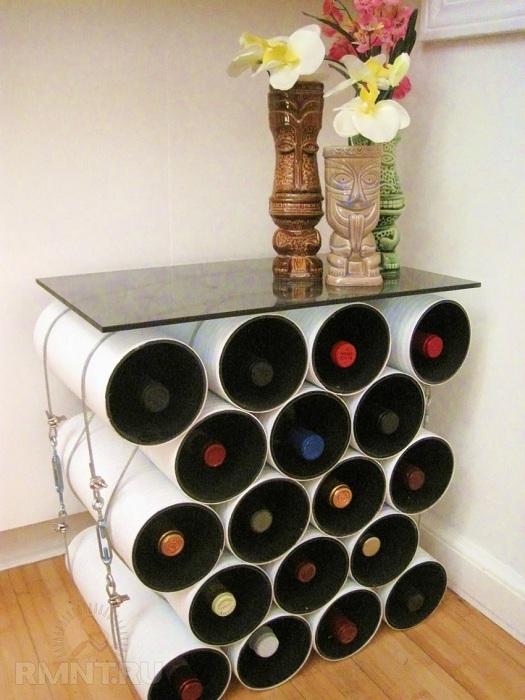 Необычный столик для хранения вина, очень красиво впишется в любой интерьер.
