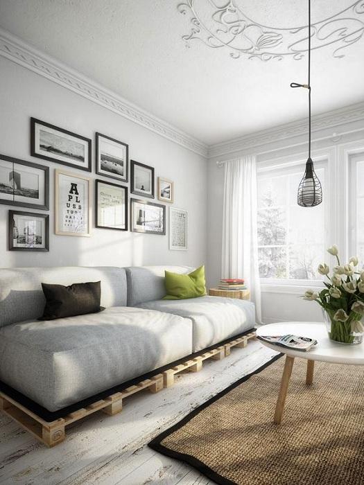 Интересный дизайн гостиной в нейтральных тонах, что создает ощущение пространства.