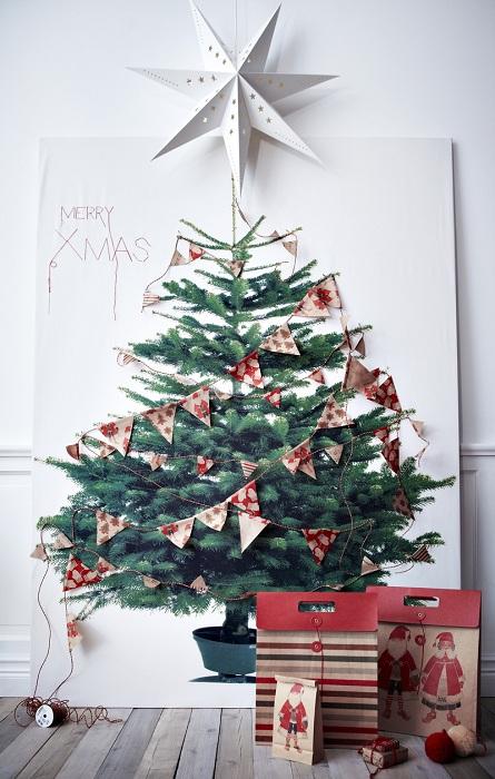Новогоднее настроение возможно создать благодаря правильному декору стен в комнате.