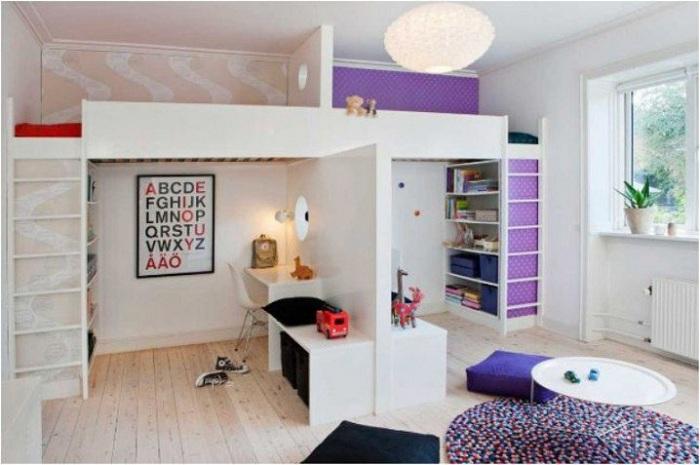 Оригинальный вариант оформления спальни с нестандартным декорированием.