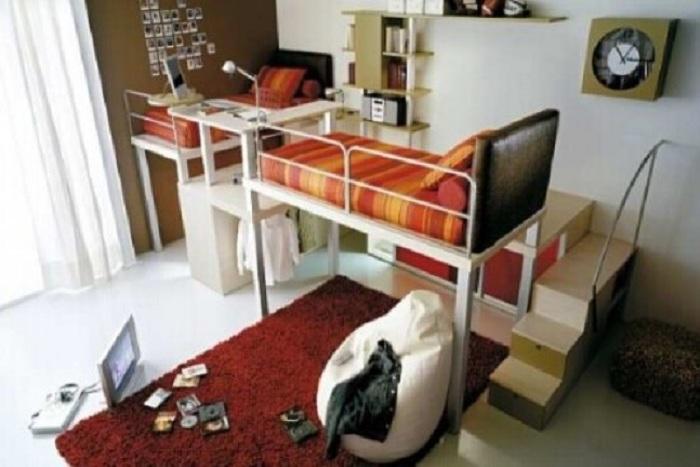 Универсальный вариант декорирования комнаты с использованием маленькой полезной площади.
