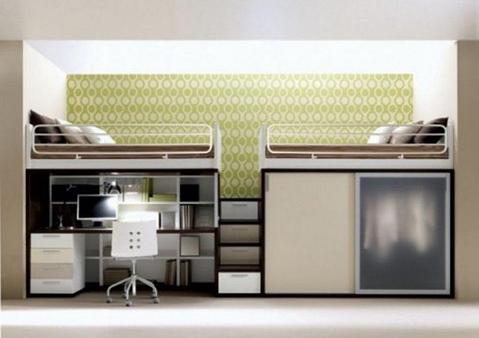 Хороший вариант оформить спальные места на высоте, что точно сэкономит пространство в доме.