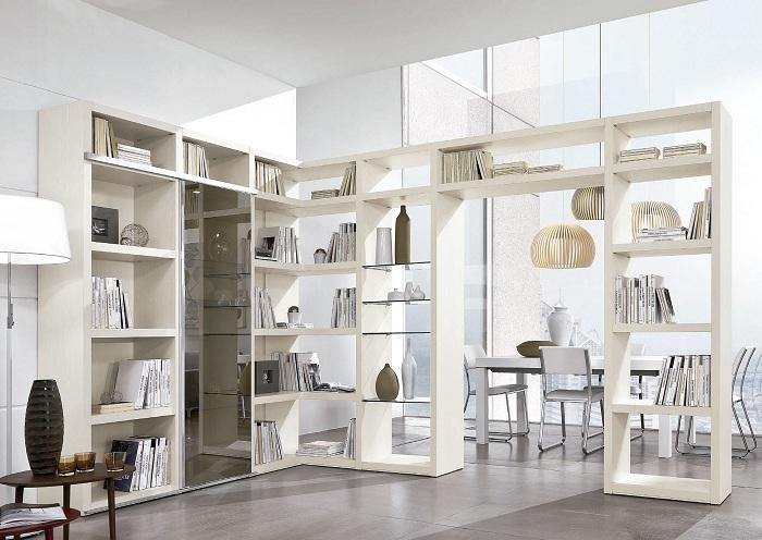 Симпатичный вариант декорирования пространства и разделения его на части.