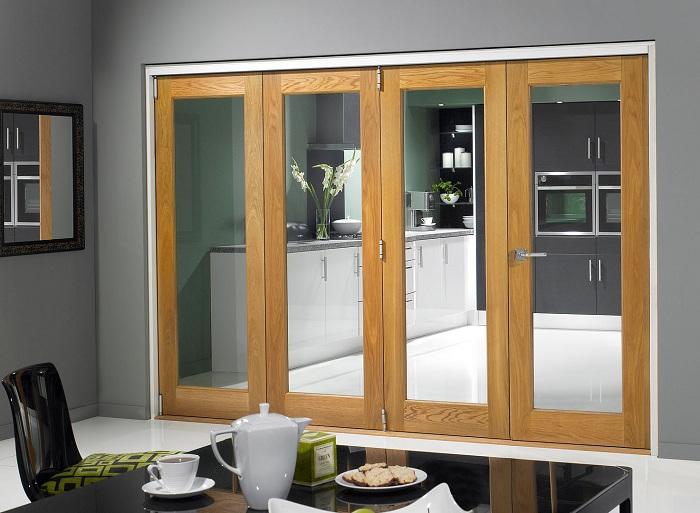 Разделение комнат при помощи дверей - станет оптимальным вариантом декора.