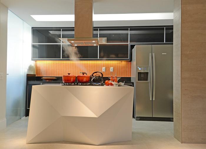 Отличное декорирование кухни в современном стиле.
