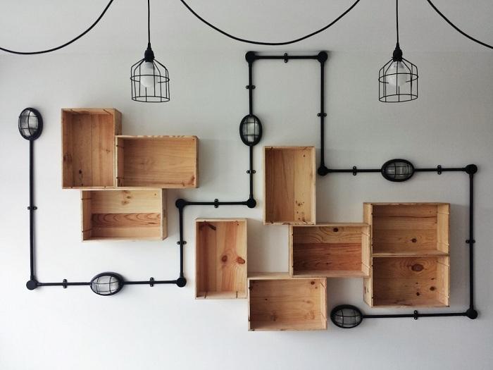 Прекрасный вариант для преображения интерьера благодаря полкам-ящичкам, что станут самым лучшим украшением для любой из комнат.