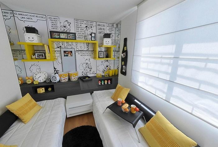 Интересный и яркий интерьер в черно-белом с желтым цветом создан специально для ярких и креативных людей.