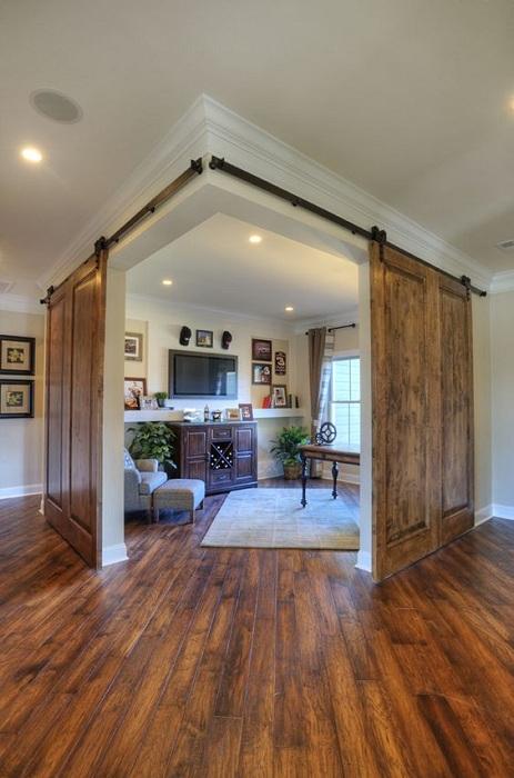Удобное и комфортное размещение дверей, что позволит максимально четко организовать пространство дома.