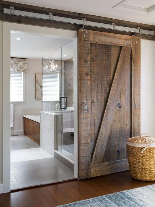 Практичный пример оформление комнат с помощью размещения в них деревянных раздвижных дверей.