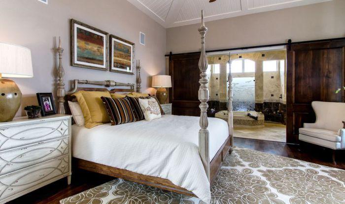 Прекрасная раздвижная дверь станет хорошим элементом в оформлении комнат.