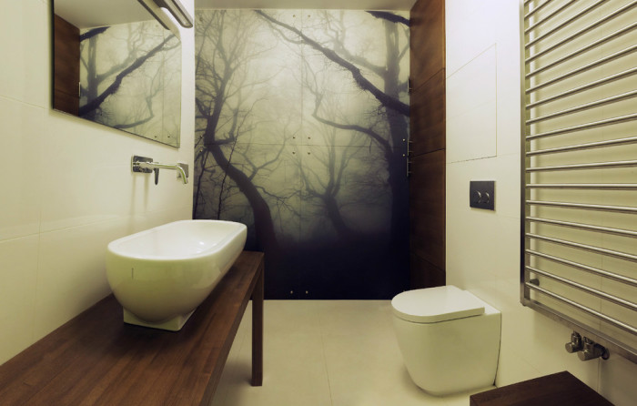 Неймовірний інтер'єр ванної кімнати з смерековим лісом - виглядає просто незабутньо.