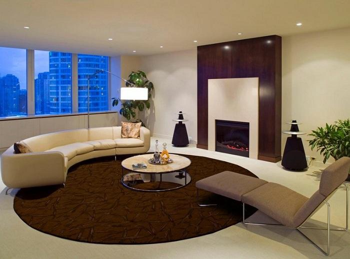 Хороший приклад оформлення вітальні і ніжних тонах, що подарують додатковий комфорт.