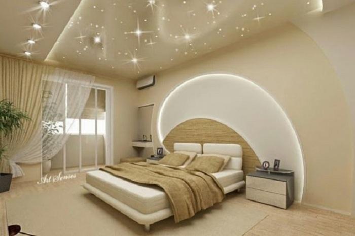 Просто отличный и невероятный интерьер комнаты, который создан при помощи гипсокартонной стены.