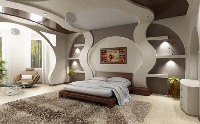 Один из самых лучших вариантов декорирования комнаты при помощи гипсокартонных стен.