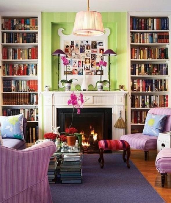 Прекрасный и яркий интерьер гостиной порадует и очарует с первого взгляда.