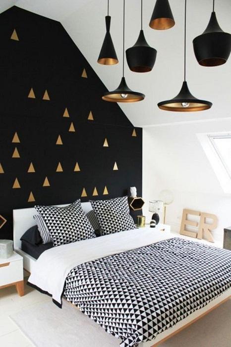 Чёрный в спальне - стильно и благородно.