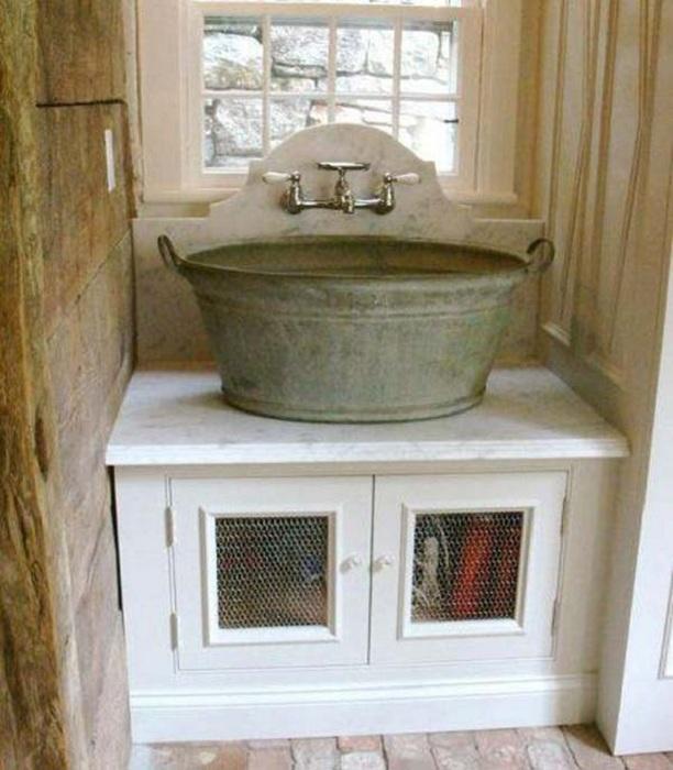 Симпатичная раковина в индустриальном стиле дополнит интерьер любимой ванной комнаты.