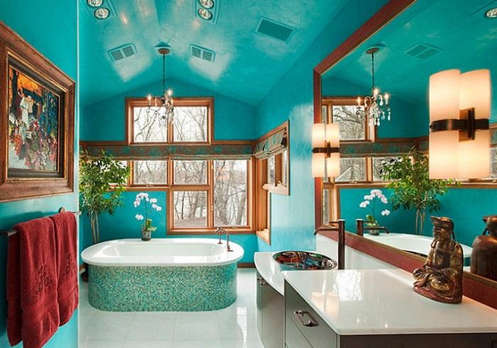 Интересное решение для оформления ванной комнаты в ярко-голубом цвете, что не оставит никого равнодушными.
