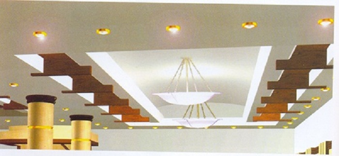 Оригинальное оформление потолка при помощи отличных огоньков, которые смотрятся просто отлично.