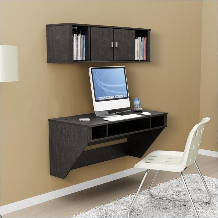Отличный вариант - оптимально организовать маленькое рабочее пространство в комнате, позволит ускорить рабочий процесс.