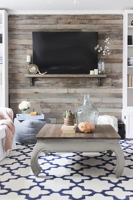 Симпатичный интерьер в гостиной создан благодаря просто отличным и оригинальным дизайнерским решениям.