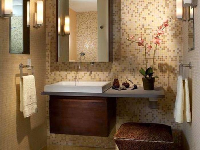Симпатичный вариант обустроить ванную комнату и создать в ней волшебную обстановку с помощью красивой мозаики.