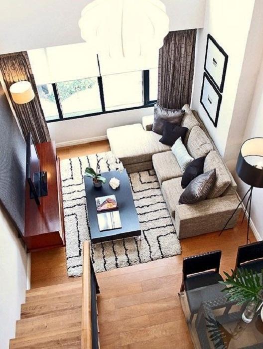 Оптимальное решение благоустроить маленькую и уютную гостиную, что точно понравится.