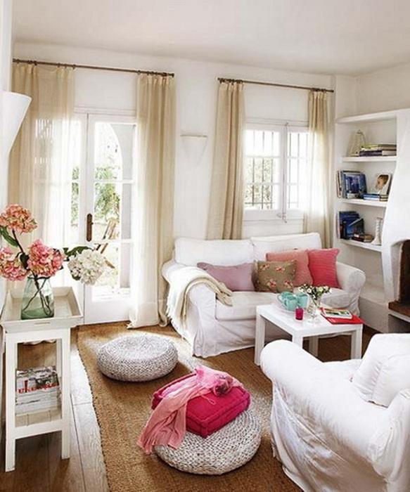 Пожалуй один из самых лучших вариантов оформления комнаты для принятия гостей.