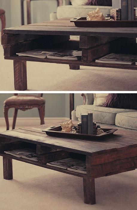 Интересный деревянный деревенский столик станет просто хорошим дополнением к интерьеру комнаты.