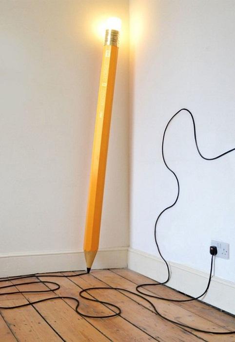Очень необычное решение для создания прекрасного интерьера с такой крутой лампой, что позволит преобразить его в миг.