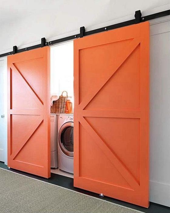 Хорошенький вариант создать прекрасную и компактную комнату для стирки, что точно понравится.