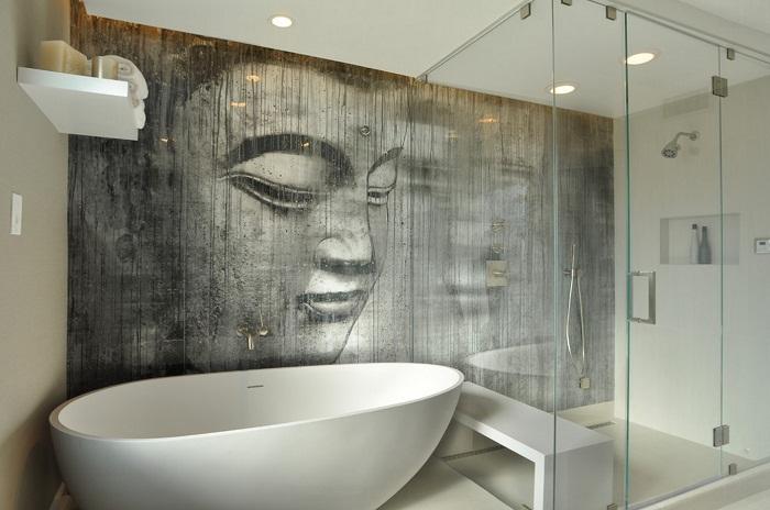 Очень симпатичный вариант создания оригинального изображения на всю стену в ванной, что точно понравится.