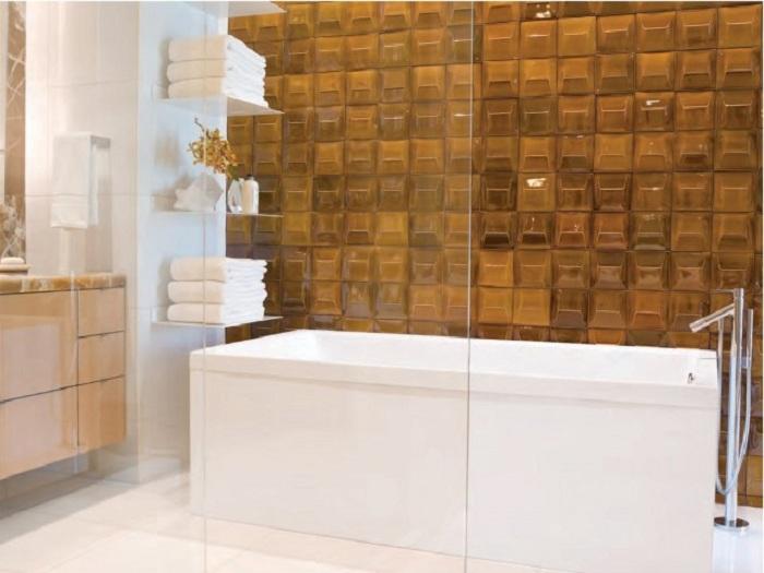 Отменное настроение в ванной комнате создано благодаря просто оптимально оформленной стене, что точно понравится.
