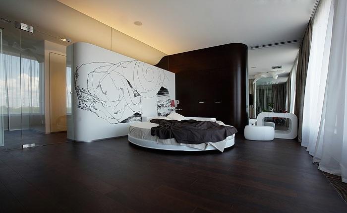 Шикарный черно-белый интерьер спальной, который не оставит равнодушным абсолютно никого.