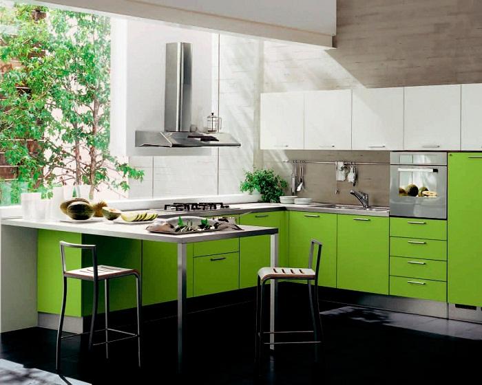 Оформление кухни в ярко-салатовом цвете - всегда хорошее настроение.