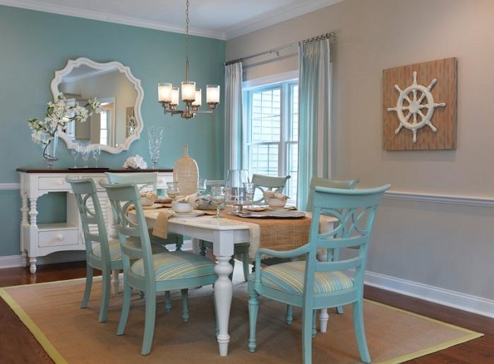 Интересный интерьер столовой оформлен в бирюзовых тонах.
