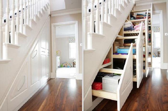 Удачное решение создать пространство для хранения вещей под лестницей, что быстро трансформирует пространство.