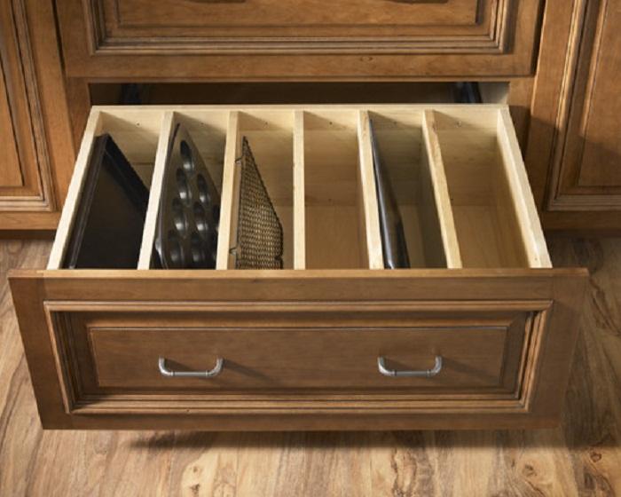 Отличный вариант для хранения нужных предметов на кухне, что понравится однозначно.
