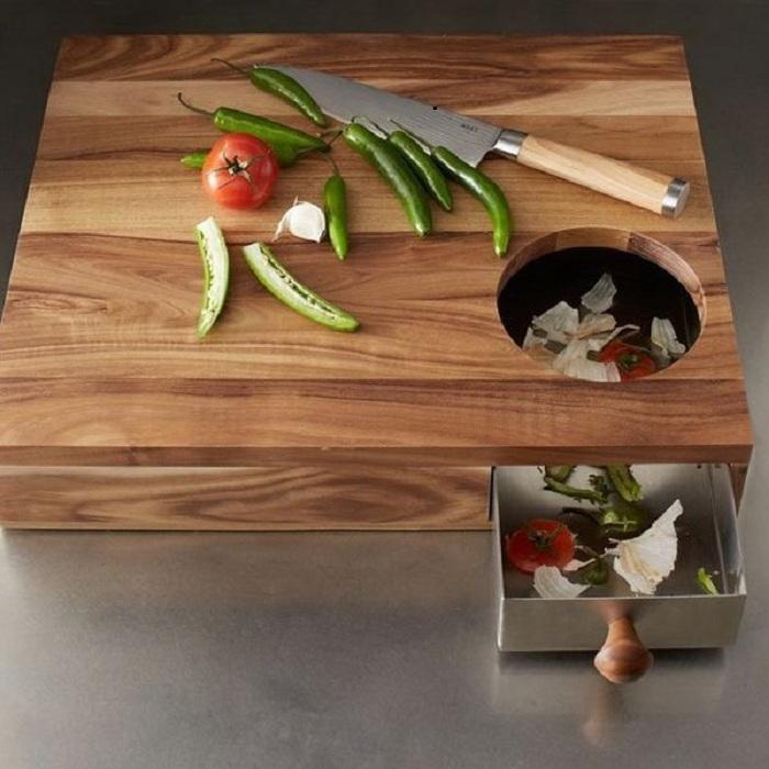 Удобная разделочная доска с контейнером для отходов, что станет лучшим другом на кухне.