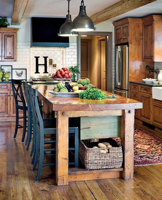 Многофункциональный кухонный столик в деревенском стиле, простое и симпатичное решение для кухни.