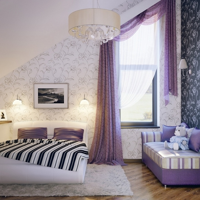 Красиво сочетается лаванда с фиолетовым и его оттенками, в помещении создается игривое настроение, атмосфера наполняется романтикой и волшебством.