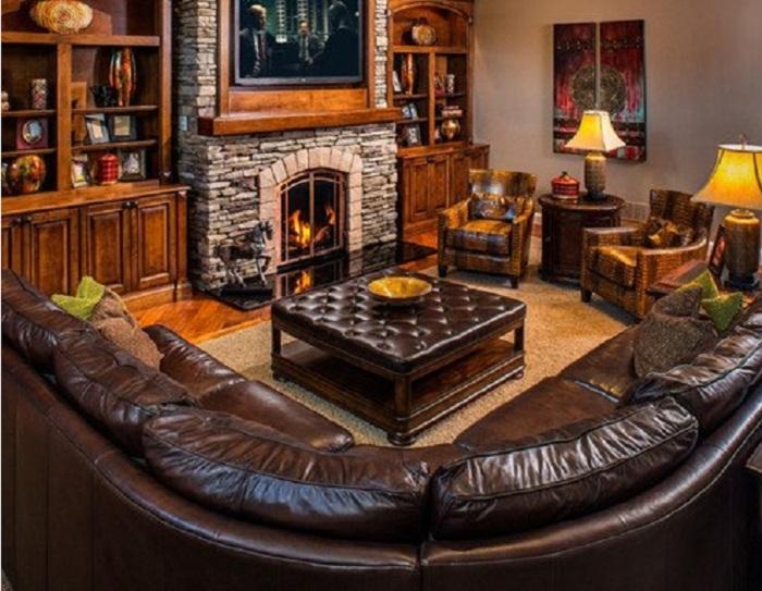 Кожаная мебель в классическом сочетании.