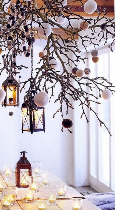 Оригинальный фонарь украсит интерьер комнаты и подарит сказочное настроение.