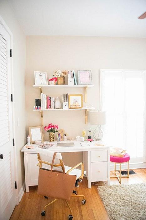 Хороший вариант для оформления интерьера в доме что позволит создать просто отличную обстановку.