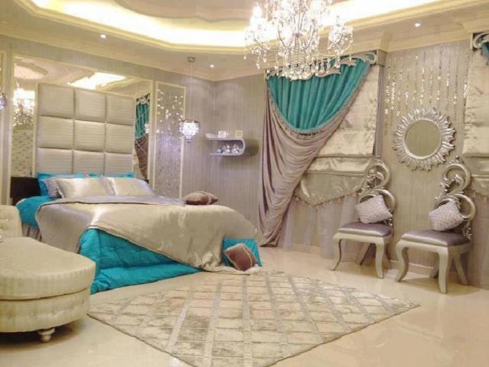 Отличный и оптимальный вариант создать благоприятную обстановку в спальной для того чтобы максимально комфортно отдыхать.
