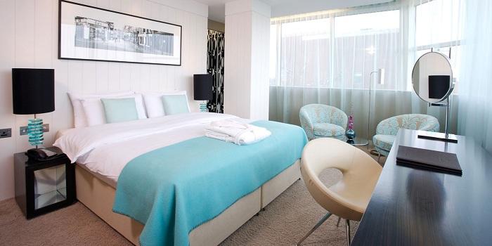 Что может быть лучше кроме комнаты для отдыха в спокойных тонах, что подарит такую же легкую атмосферу и хорошее настроение.