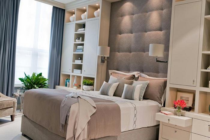Отличный вариант оформления спальни в цвете кофе с молоком позволит передать ту нежность, которая присутствует в этом интерьере.