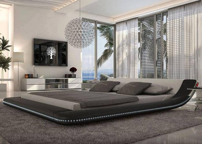 Отличный вариант оформления спальни в стиле хай-тек, то что создаст атмосферу сдержанности и настоящей классики.