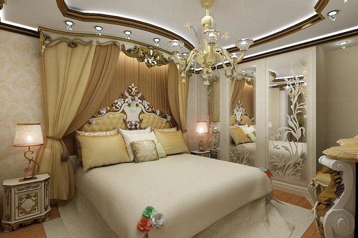 Интересно оформлена спальня с необычными богатыми фрагментами декора, то что подарит только хорошее настроение и массу положительных эмоций.