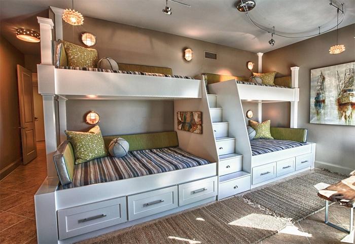 Прекрасный вариант преобразить интерьер комнаты при помощи оформления её в теплых тонах.
